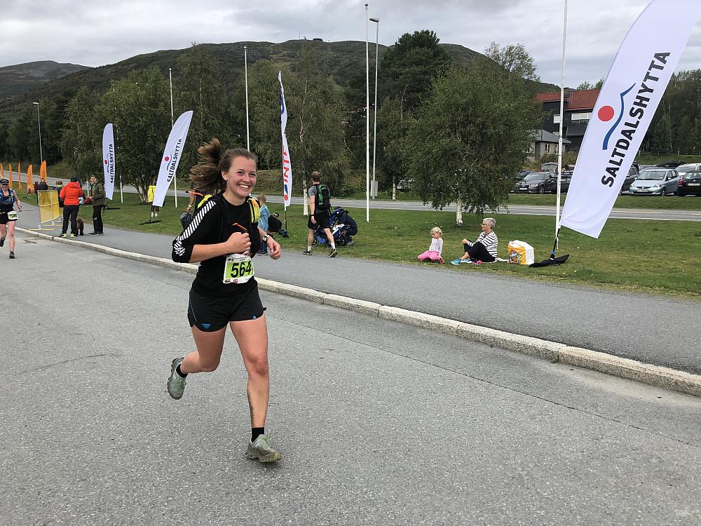 Åse-Marie debuterte med halvmaraton. Meget bra levert.