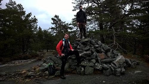 Tommy og Geir på toppen av Storefjell