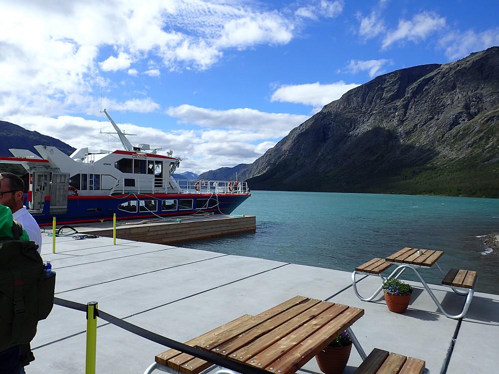 Gjendesheim - Klar for båttur til Memurubu