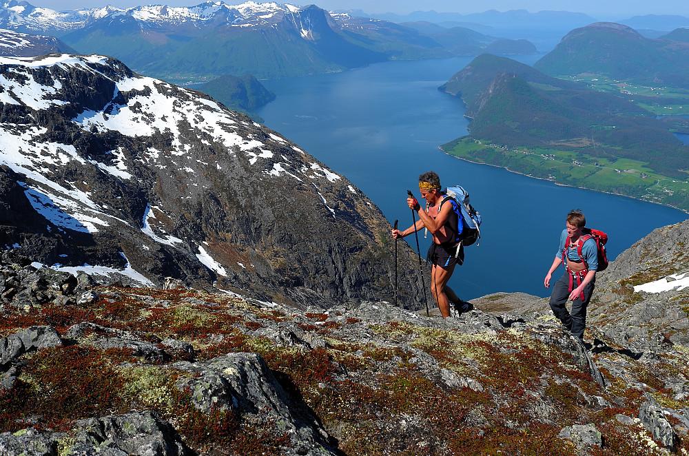 Høyt over Romsdalsfjorden
