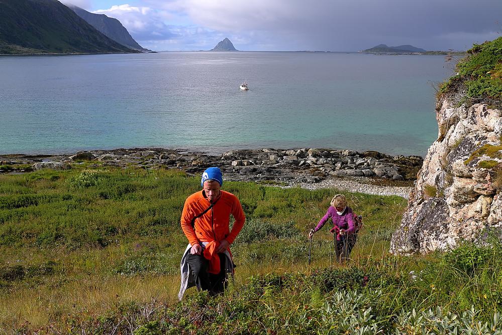 Sørfugløya i det fjerne