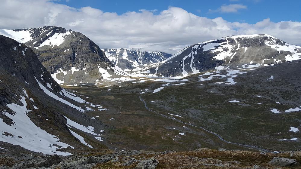 De 3 store sør for Sunndalen: Fra venstre; Dordinakkan (1820) - Storkalkinn (1880) - Kaldfonna (1849)