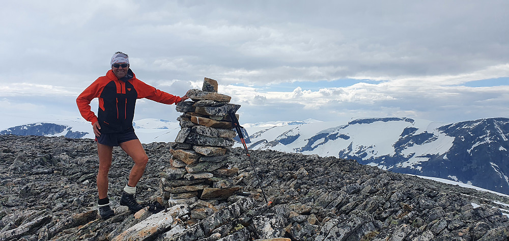 På Nonsnibba (1803 moh)