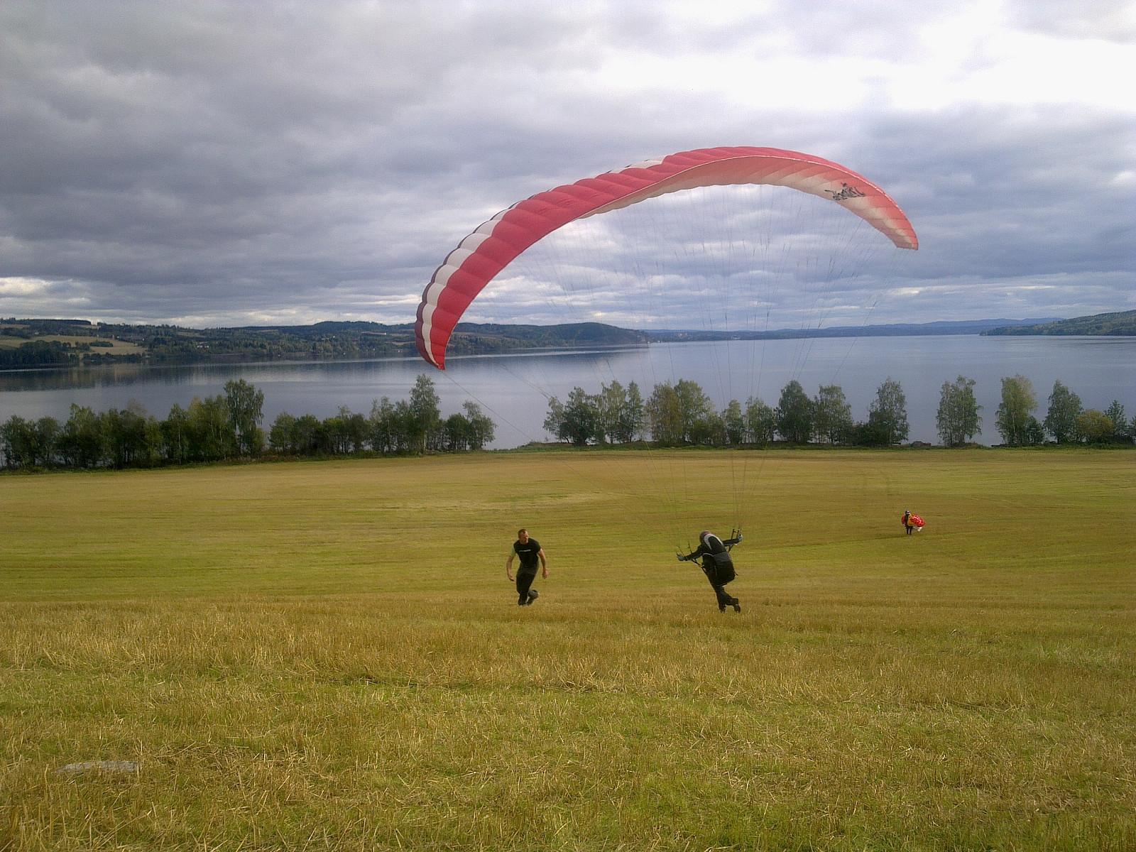 Turartikkel Paragliding Fra Bangsberget Skrevet Av Heidim