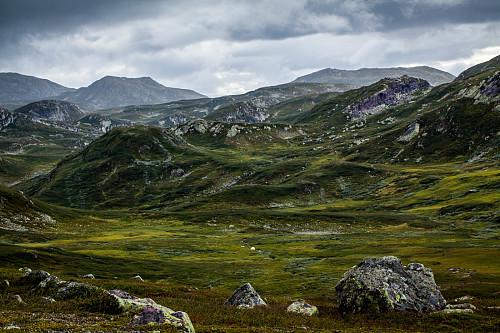 Utsikt mot Torvtjønn og Vindeggen SV