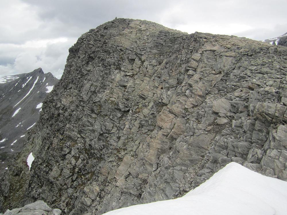 Tett på den vesle Småholtind Ø2.