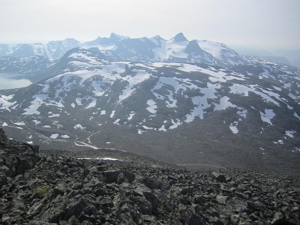 Skarbottsnosi er neppe det mest fotograferte fjellet i Jotunheimen. Var på denne for noen uker siden.
