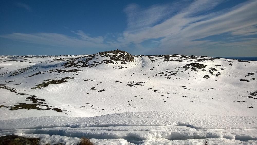 Sørbølfjellet sett fra vesttoppen på returen.