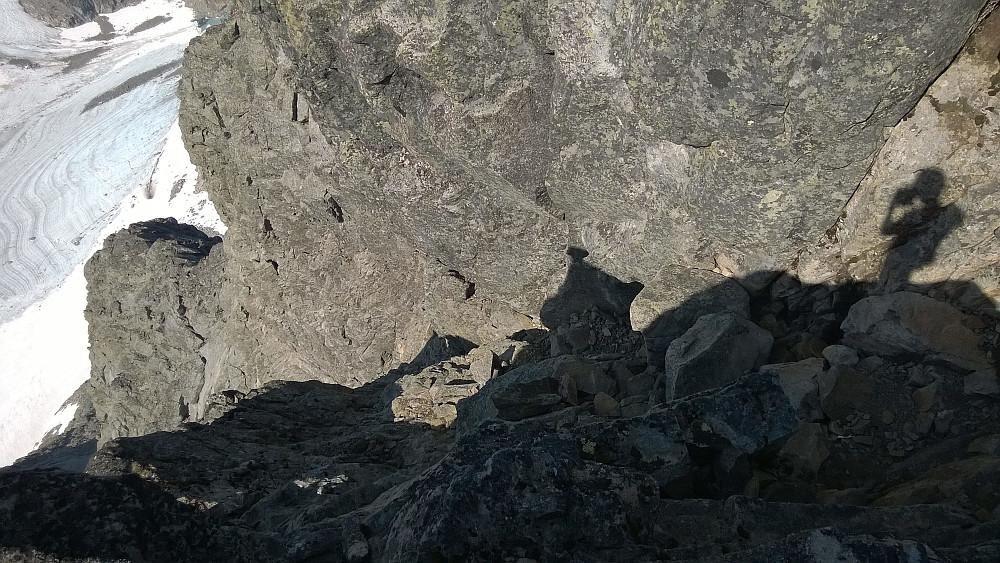I toppskaret - ser ned Andrews renne. Skyggefullt, men bare deilig på en så varm, solfylt dag som denne.