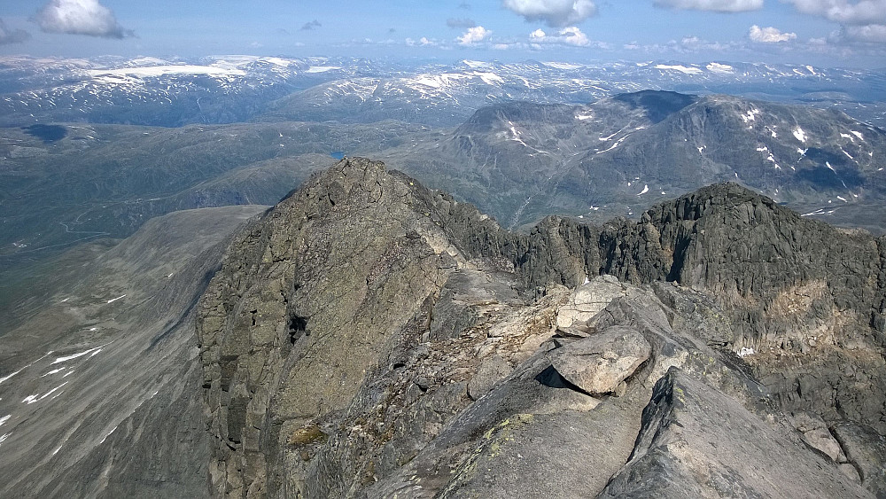 På toppen - mot Slingsbys fortopp.