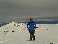 Hans Thorvald på toppen av Austre Nautgardstind