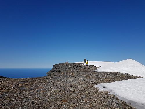 Hans Thorvald på vei til toppen