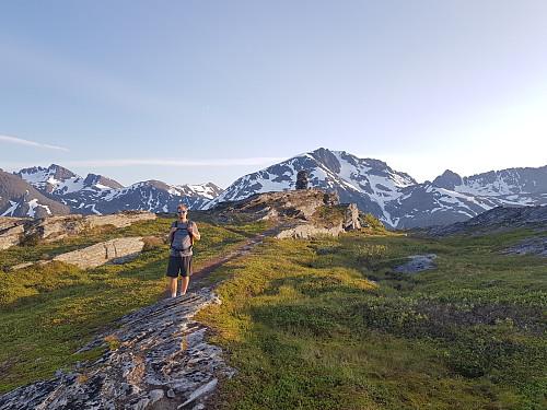 Hans Thorvald på toppen av Skattørfjellet