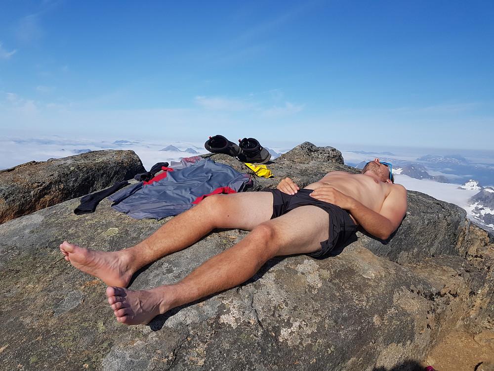 Varmt og deilig å slappe av på toppen