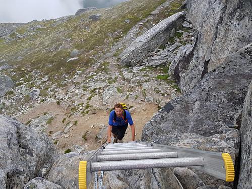 Opp stigen som er satt ut for å komme på toppunktet