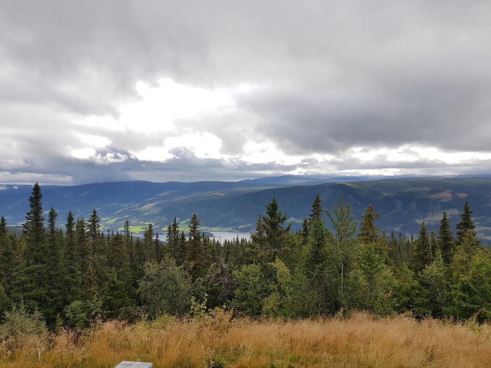Utsikt fra utkikkspunkt på Kvithovd