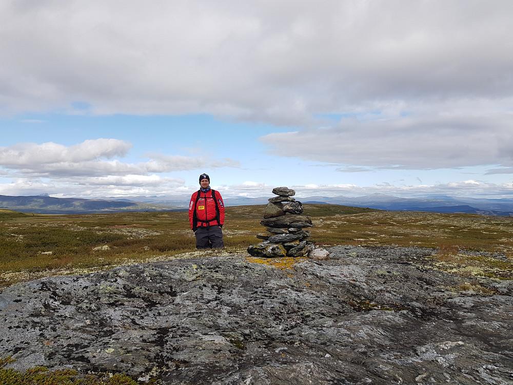 Nybygget varde på Rennefjellet nordaust