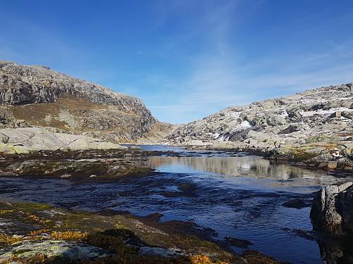 Bildet er tatt nedenfor Torfinnshorgi