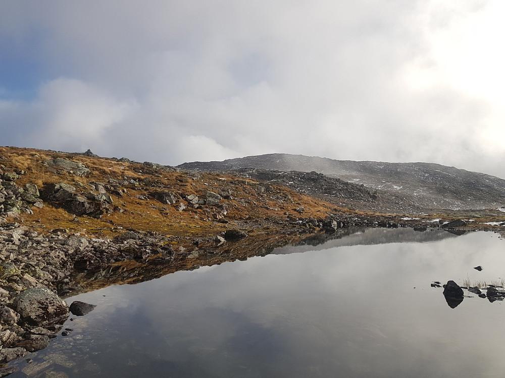 Valafjellet i bakgrunnen