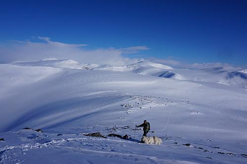 Egil kommer til siste oppstigningen til Raudnova.