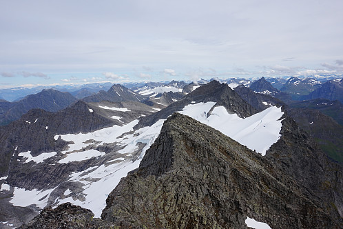 Mektig natur, må besøke flere topper her etterhvert.