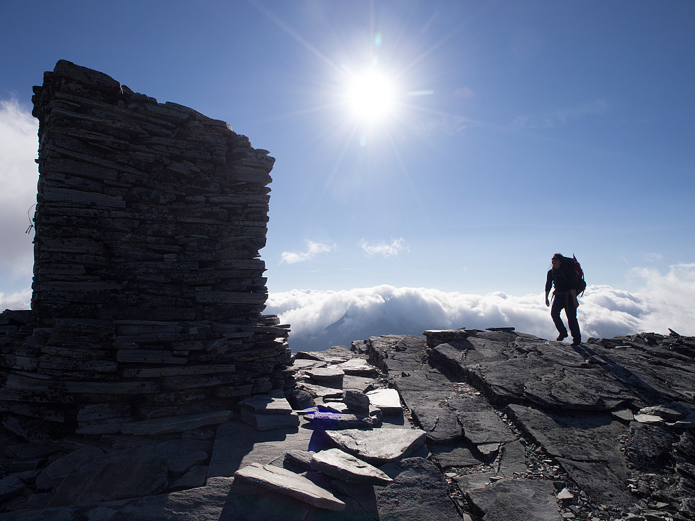 Staselig varde på Angjerds hundrende 2000m-topp!