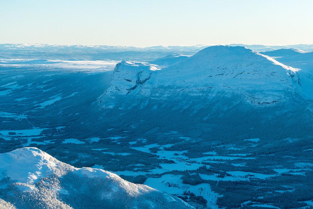 Utsikt mot Vesle- og Storehorn