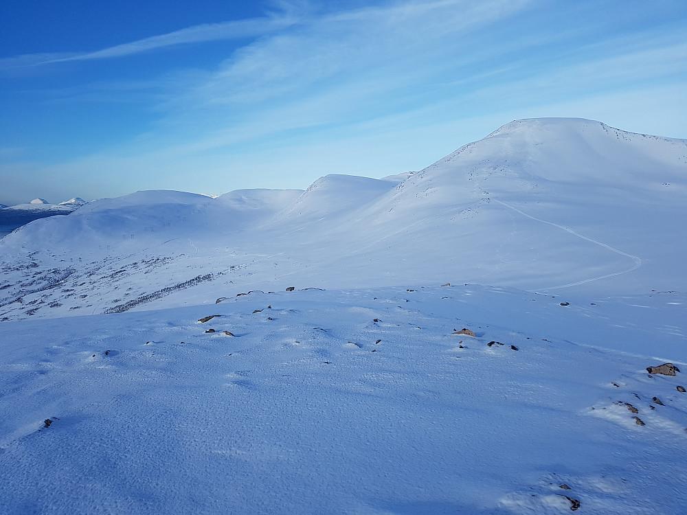 Utsikt mot Stortuva mv fra Børsetkjerringa