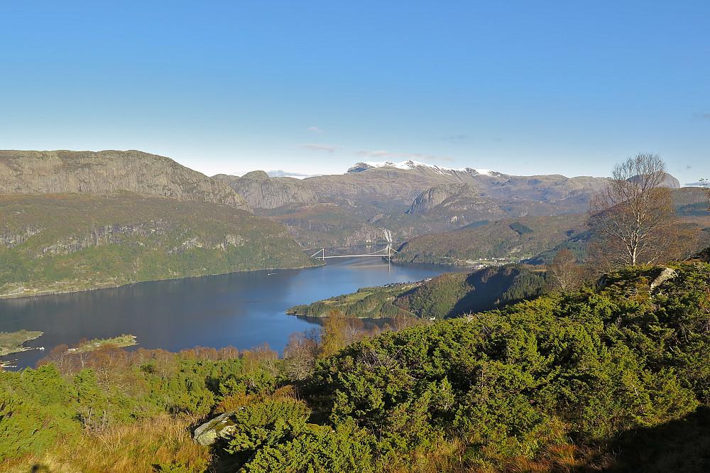 Dalsfjordsambandet, Fossedalen og Laukelandsfossen