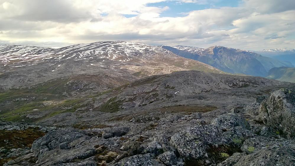 Frå Lægdafjellet mot Nonhaugfjellet