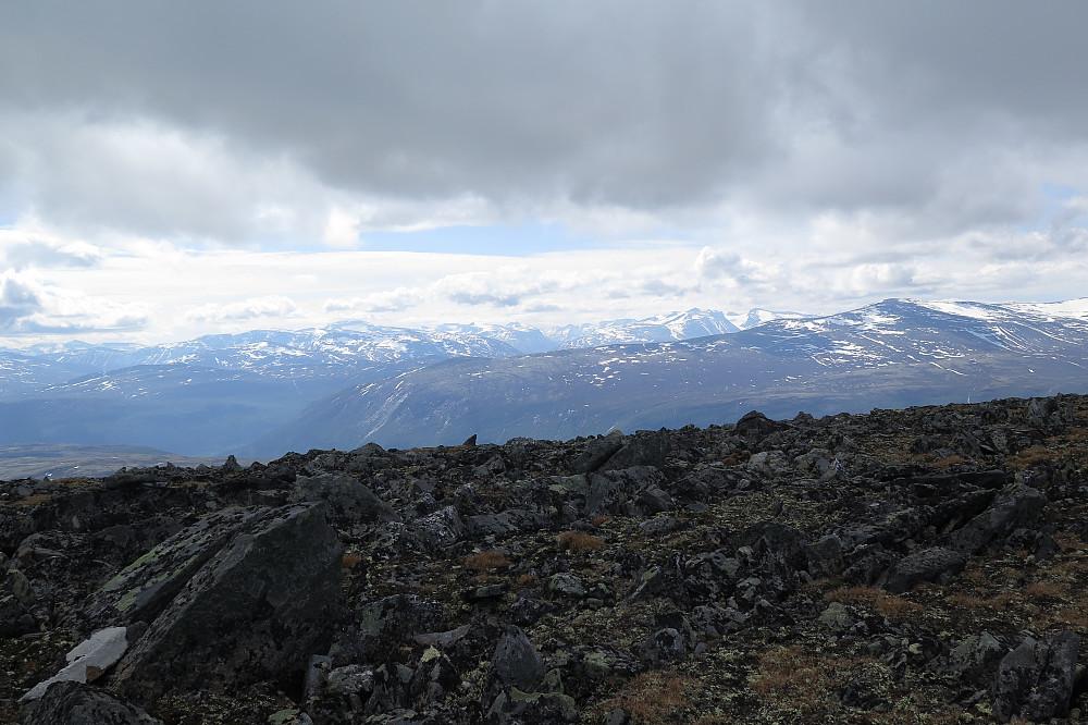 Fjell på sørsida av Skjåk.