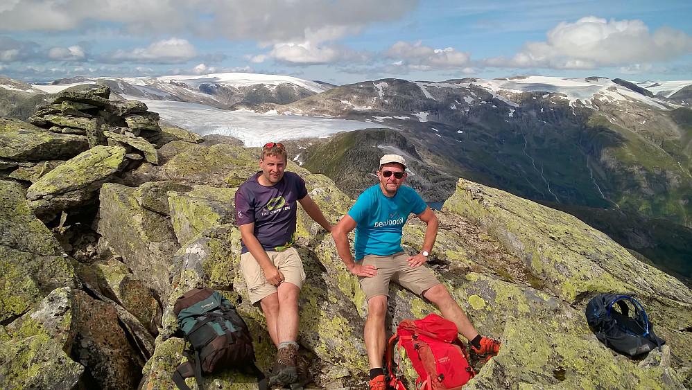 Torleiv og Bjørn på Heimstagretta.