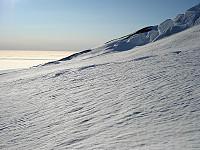 Store Jan Mayen-isblokker dannes som følge av Jan Mayen-sprekkenes dimensjoner.