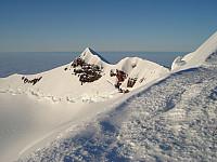Endelig kraterkanten! Mot Mercantontoppen, kremtopp nr 1 på Beerenberg!