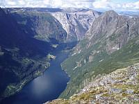 Fra Gråberget rett overfor Gudvangen med utsikt mot Vindeggi og Nærøyfjorden. Et av mine favorittområder.