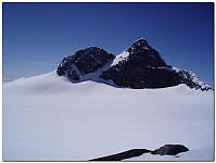 Stølsmaradalstind! 7 besøk, området du ligger i og din nydelige fasong gjør deg til min fjellkjæreste! Det blir flere besøk, bare vent!!