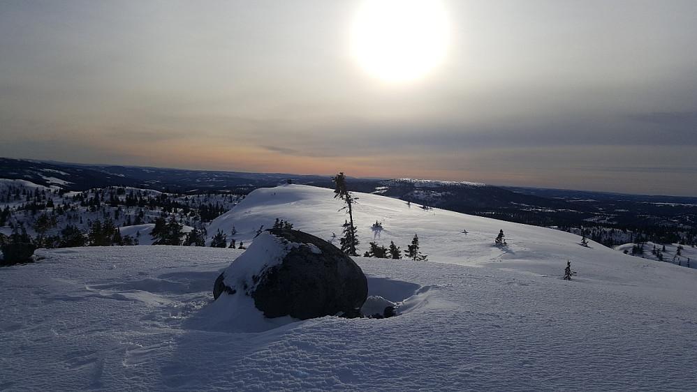Høyeste punkt på Torpevassfjellet, Kjettberget bak