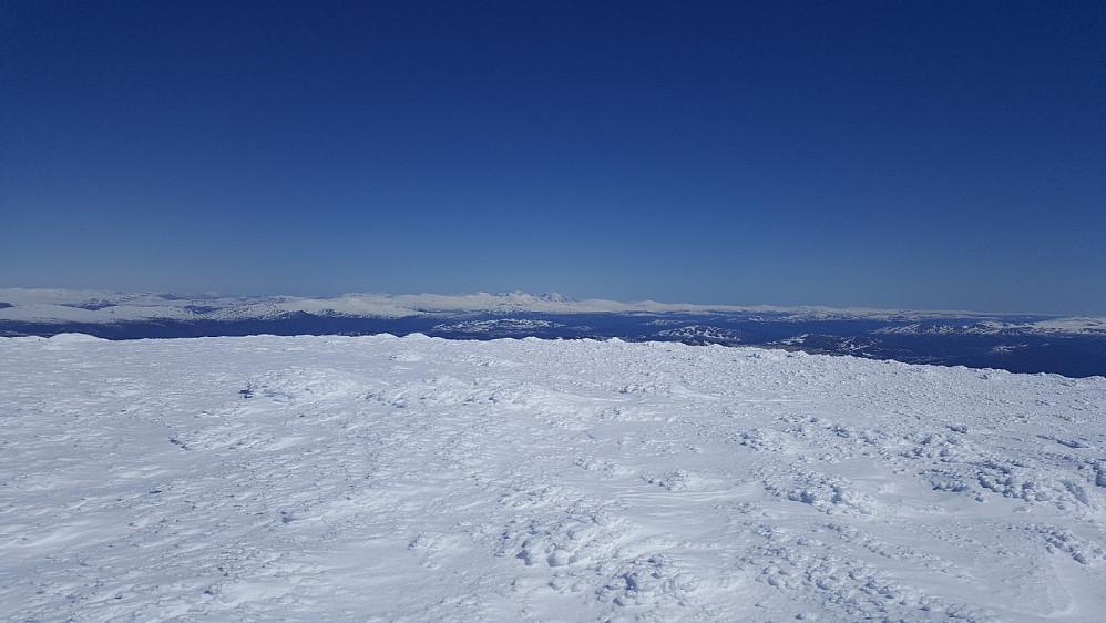 På Store Kvitingskjølen, mot Rondane