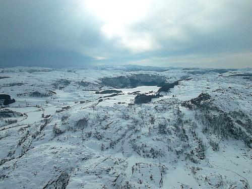 Sørvest mot Urdalsnipa 561/ bjerkreimsenderen i bakgrunnen.