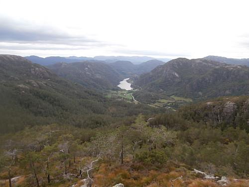 Nordover mot Lovravatnet.