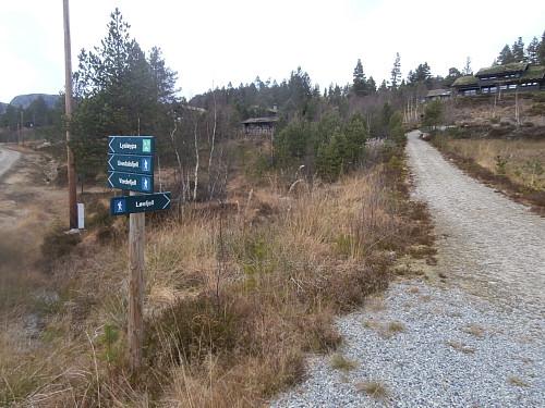Turskilt på Furestøyl.
