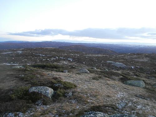 Tilbakeblikk sørover mot Løefjell.