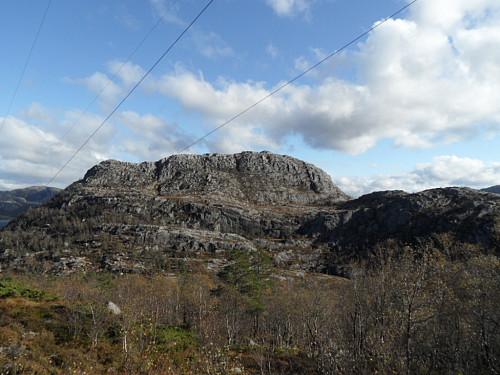 Tårnfjellet sett frå nedstigninga mot Rovadalen.