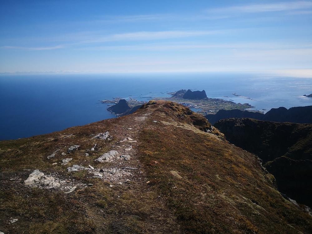 På Nordlandsnupen. Mot Sørland og Klaumertinden