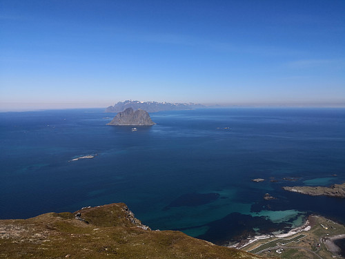 Frå Nordlandsnupen mot Mosken og Moskenesøya