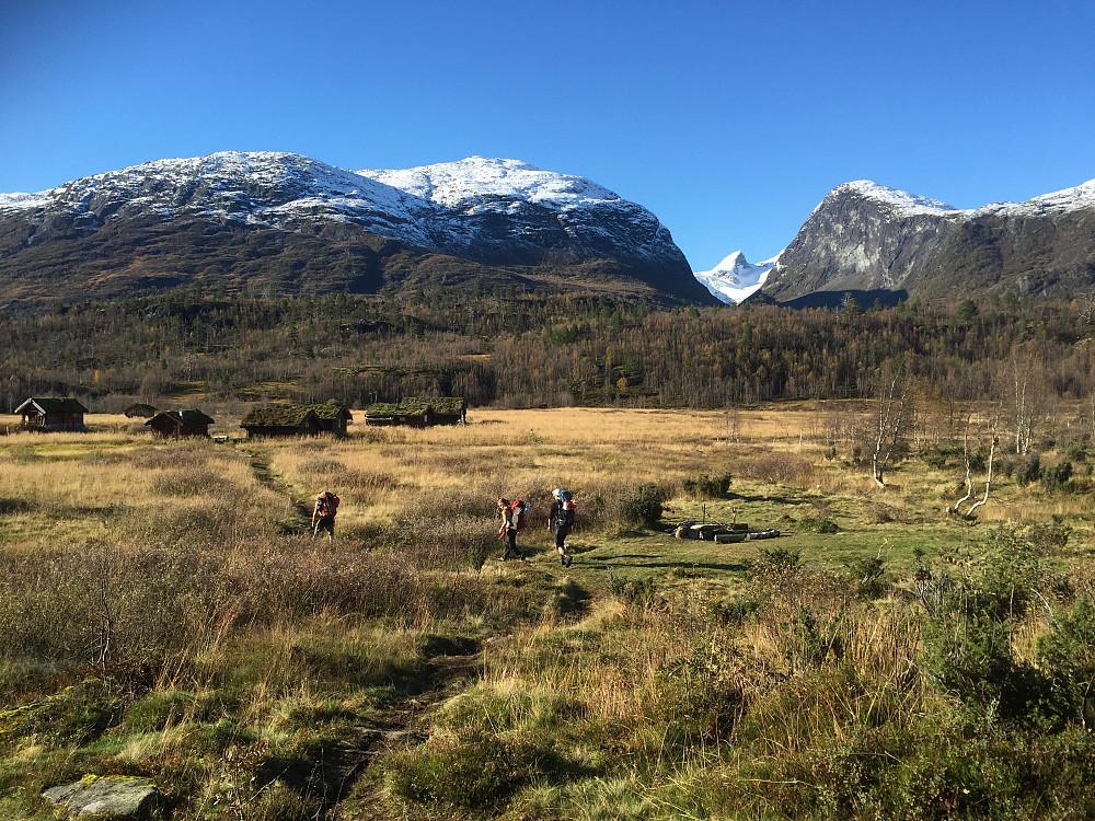 Ingjerdbu mot Stølsmaradalen.