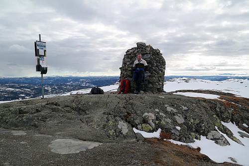 På Nystølvarden, med utsikt mot sørvest.