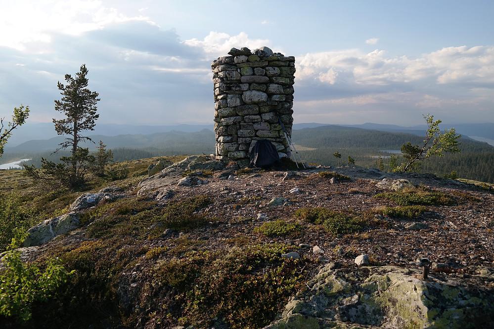 På toppen av Nordhovden (865).
