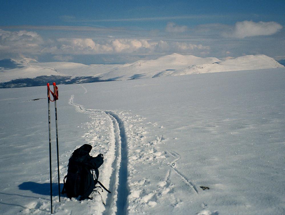 17.04.1999 - På Hindflyin, i retning Sjodalen (østover).