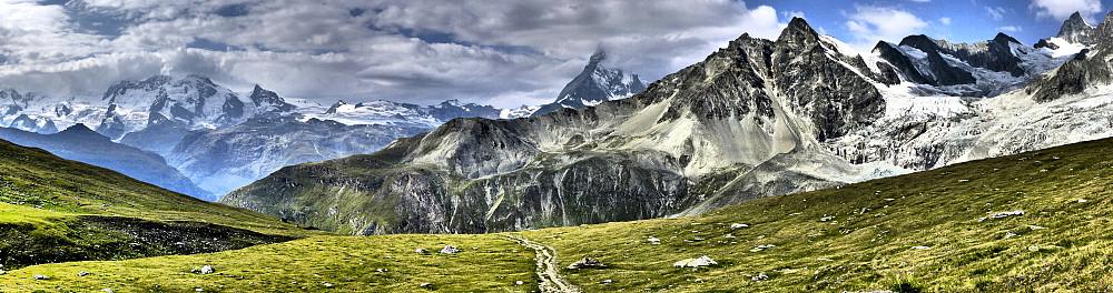 Nice views towards the Matterhorn and Ober Gabelhorn